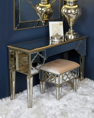 Durham Mirrored 3 Drawer Dressing Table