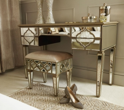 Durham Mirrored 5 Drawer Dressing Table