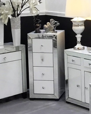 Leo White and Clear Mirrored 4 Drawer Chest