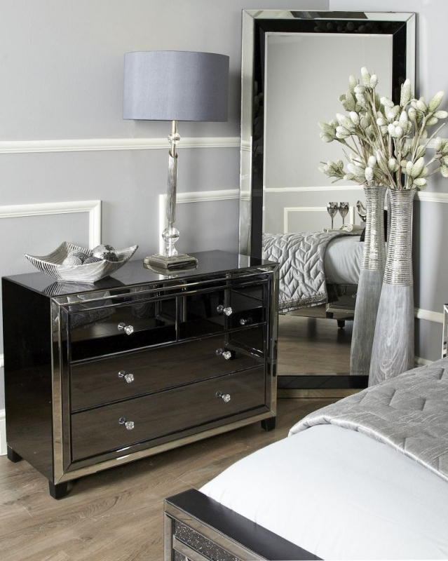 Leo Smoked and Clear Mirrored 2+2 Drawer Chest