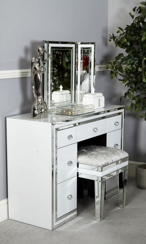 Boston White Mirrored Stool